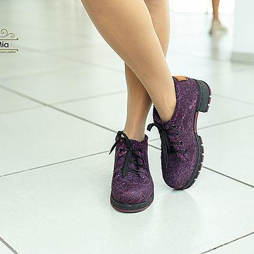 Обувь ручной работы. Ярмарка Мастеров - ручная работа Туфли: Валяные туфли Черничный аромат. Handmade.