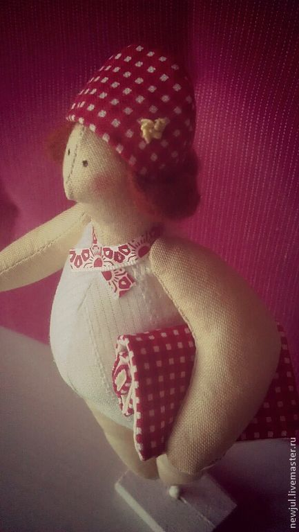 """Куклы Тильды ручной работы. Ярмарка Мастеров - ручная работа. Купить Толстушка """"Пушинка"""". Handmade. Ярко-красный, тильда толстушка"""
