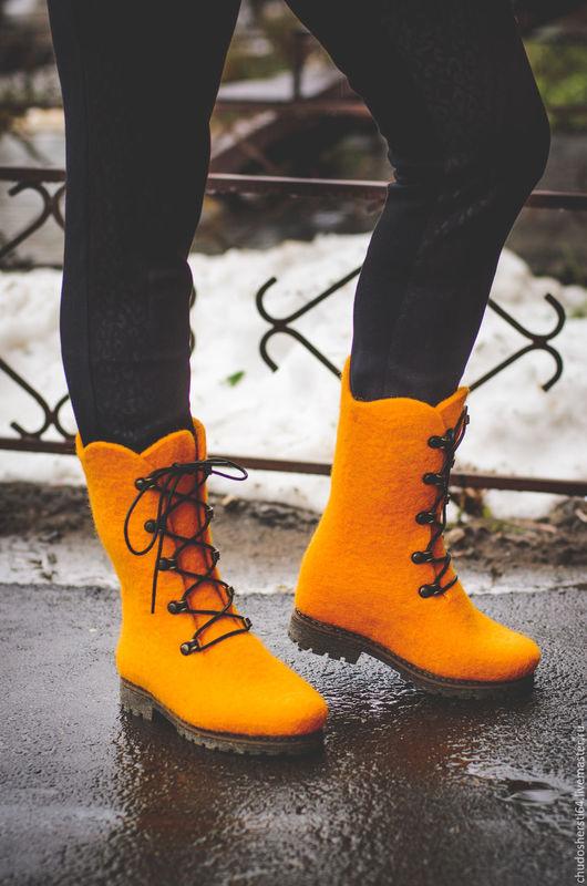 """Обувь ручной работы. Ярмарка Мастеров - ручная работа. Купить Ботинки валяные """" Лучик Солнца"""". Handmade. Желтый"""