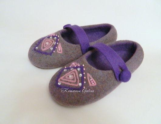 Handmade Shoes handmade. Livemaster - handmade. Buy womens Slippers flat shoes.Slippers, rhinestones