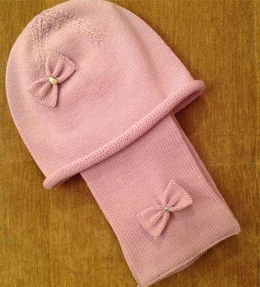 Шапки и шарфы ручной работы. Ярмарка Мастеров - ручная работа. Купить Вязанная шапка и шарф для девочки. Handmade.