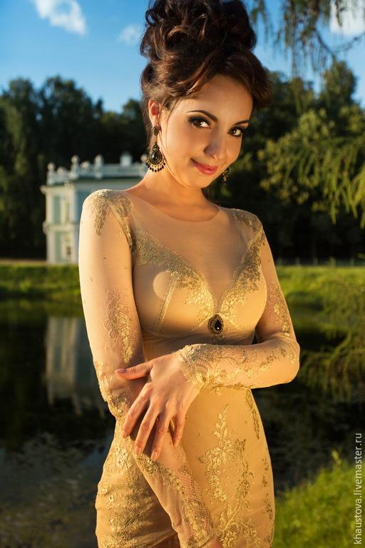 Платья ручной работы. Ярмарка Мастеров - ручная работа. Купить Платье-трансформер из золотого кружева. Handmade. Золотое платье