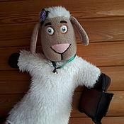 Кукольный театр ручной работы. Ярмарка Мастеров - ручная работа Овечка с портфельчиком.Перчаточная кукла. Handmade.
