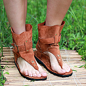 Обувь ручной работы handmade. Livemaster - original item sandals red suede (high through finger) in the style of