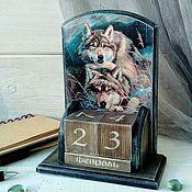 Канцелярские товары handmade. Livemaster - original item Perpetual calendar men`s wooden decoupage Wolf with she-wolf grey. Handmade.