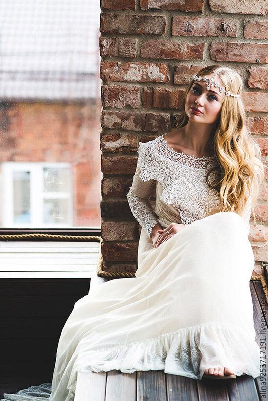 Одежда и аксессуары ручной работы. Ярмарка Мастеров - ручная работа. Купить кружевное свадебное платье. Handmade. Бежевый