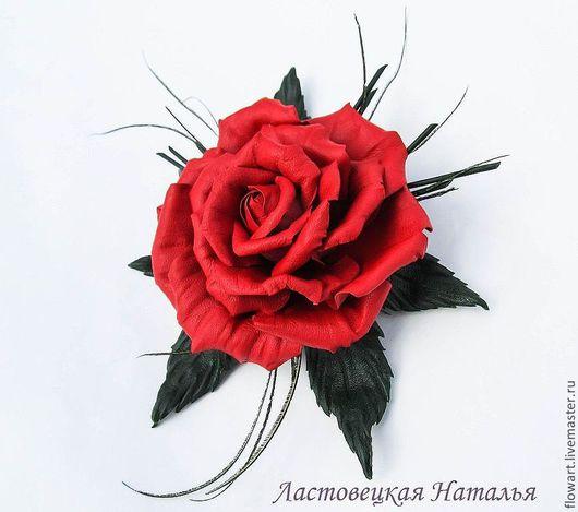Броши ручной работы. Ярмарка Мастеров - ручная работа. Купить Брошь из кожи Красная роза. Handmade. Ярко-красный
