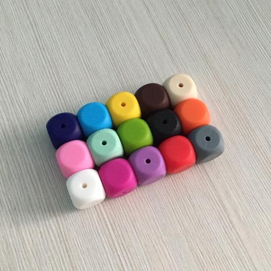 Для украшений ручной работы. Ярмарка Мастеров - ручная работа. Купить Бусины-кубики из пищевого силикона. Handmade. Бусины кубики