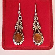 Очень старинные серебряные серьги с янтарем