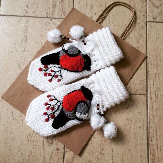 """Варежки, митенки, перчатки ручной работы. Ярмарка Мастеров - ручная работа. Купить Варежки """"снегири"""". Handmade. Варежки, вязаные варежки"""