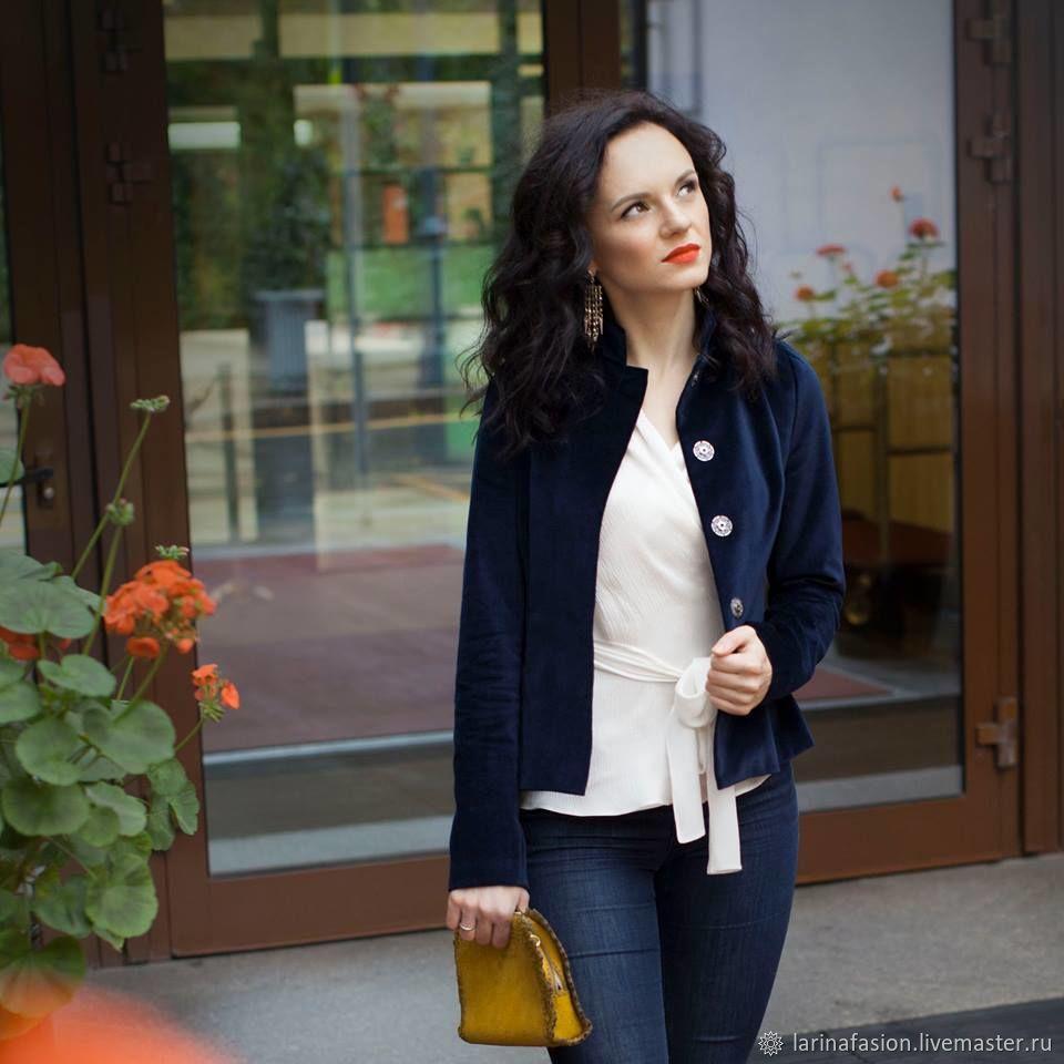 Бархатный пиджак, синий пиджак в офис, классический пиджак. Бархатный жакет нарядный.