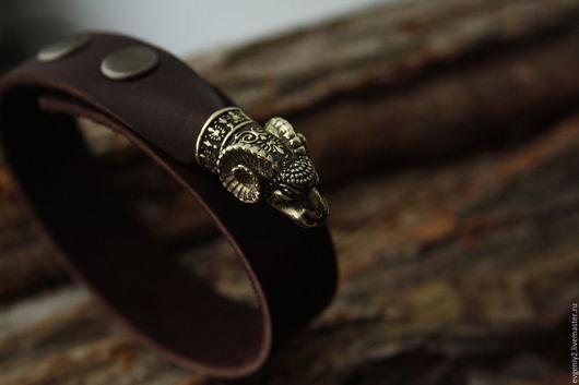 Браслеты ручной работы. Ярмарка Мастеров - ручная работа. Купить Кожаный браслет  с головой овна. Handmade. Коричневый, овны, аксессуары