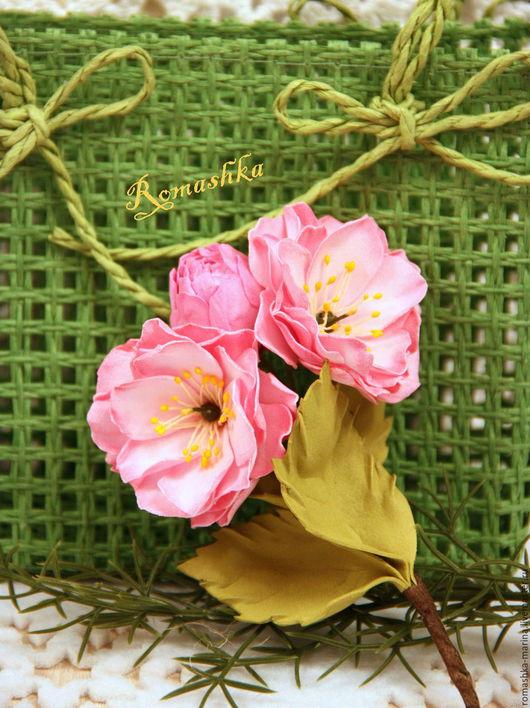 `Веточка миндаля` из фоамирана подарит весну и отличное настроение.Работа Покусаевой Марины (Romashka)