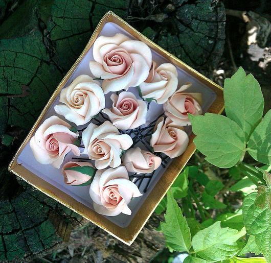 """Свадебные украшения ручной работы. Ярмарка Мастеров - ручная работа. Купить шпильки в причёску """"Кремовые розы""""(по цвету  больше нежно-персиковые). Handmade."""