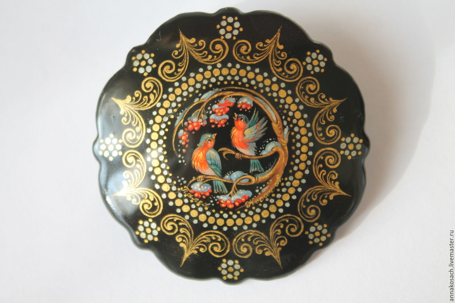 Lacquer brooch with the author's painting ' bullfinches', Brooches, Sizran,  Фото №1