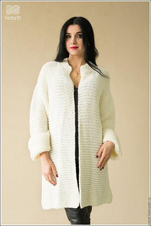 """Кофты и свитера ручной работы. Ярмарка Мастеров - ручная работа. Купить Пальто """"Воздушное """". Handmade. Белый, пальто спицами"""