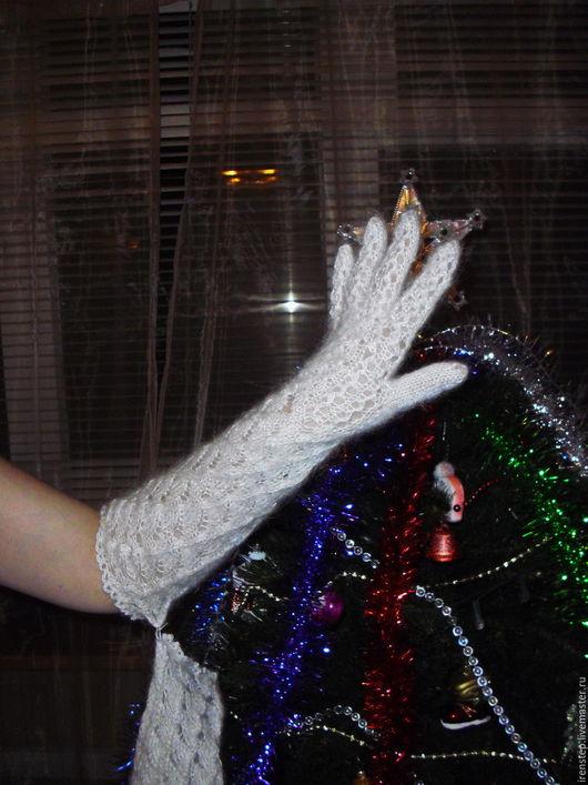"""Варежки, митенки, перчатки ручной работы. Ярмарка Мастеров - ручная работа. Купить Перчатки длинные """"Пуховый гламур"""". Handmade. Белый"""