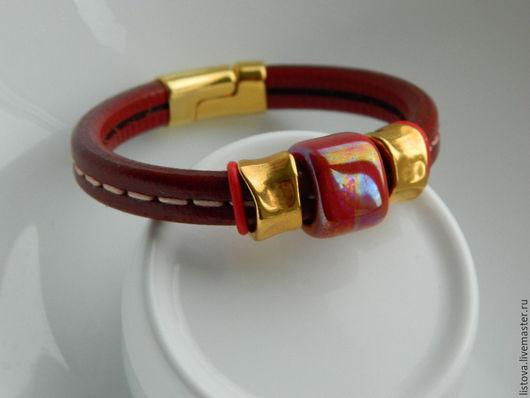 Браслеты ручной работы. Ярмарка Мастеров - ручная работа. Купить Кожаный браслет Regaliz красный Рябиновый. Handmade. Браслет, регализ