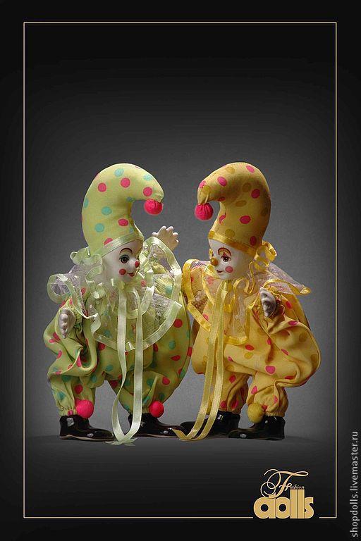 Коллекционные куклы ручной работы. Ярмарка Мастеров - ручная работа. Купить Кукла клоун в цветной горох. Handmade. Кукла