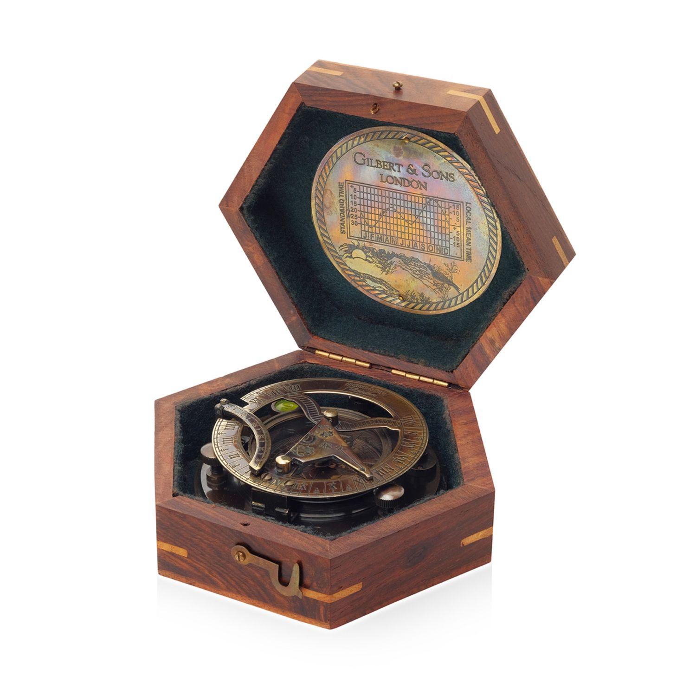 Компас старинный  с солнечными часами, Именные сувениры, Москва,  Фото №1