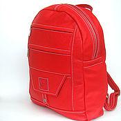 Сумки и аксессуары ручной работы. Ярмарка Мастеров - ручная работа Средний Красный кожаный  рюкзак на молнии. Handmade.
