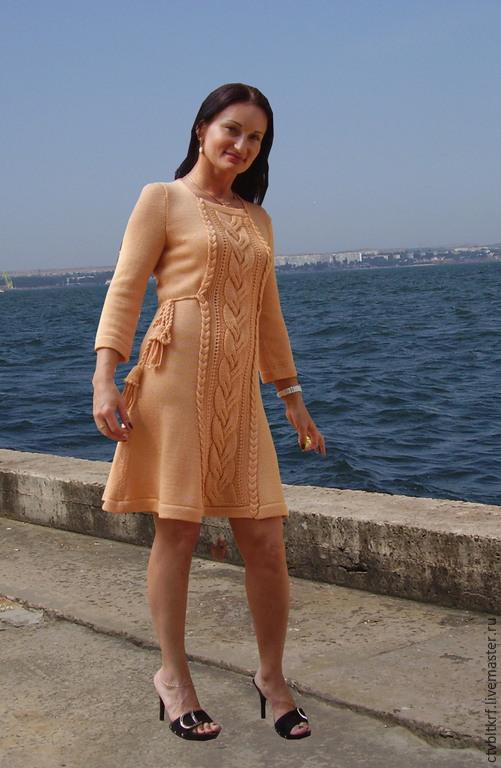 Цена вязаного платья ручной работы