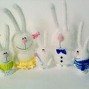 """Куклы и игрушки ручной работы. Ярмарка Мастеров - ручная работа Вязаные зайцы """"Семейка"""" (Игрушки сувениры подарки)). Handmade."""