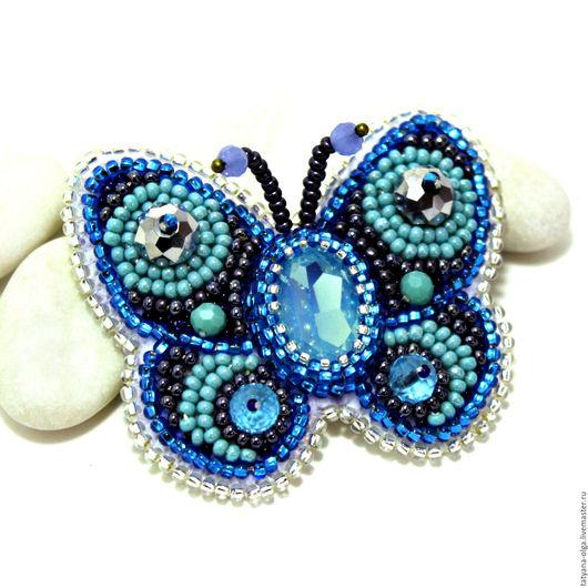 Брошь бабочка Мечтательница