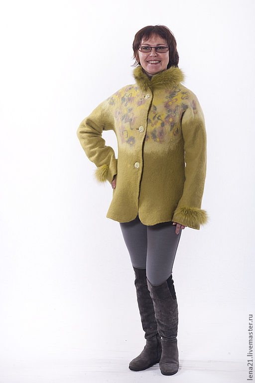 Верхняя одежда ручной работы. Ярмарка Мастеров - ручная работа. Купить куртка-пальто Фиалки на желтом. Handmade. Лимонный