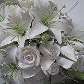 Цветы и флористика ручной работы. Ярмарка Мастеров - ручная работа Свадебный букет из лилий и роз. Handmade.