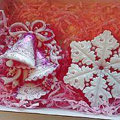 Косметика ручной работы. Ярмарка Мастеров - ручная работа Новогодний набор мыла. мыло снежинка. мыло колокольчики. Handmade.