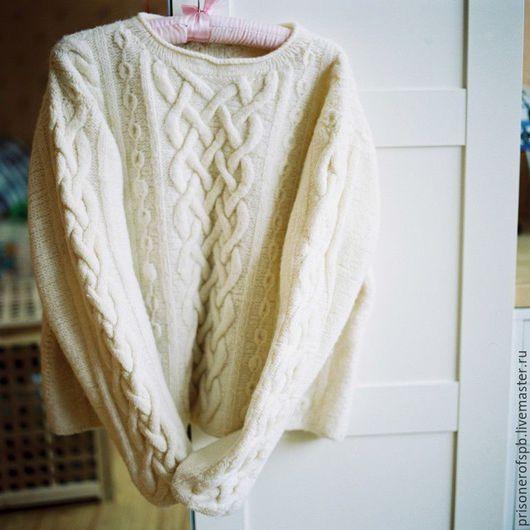 Кофты и свитера ручной работы. Ярмарка Мастеров - ручная работа. Купить Белый свитер из натуральной шерсти. Handmade. Белый