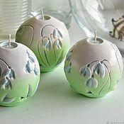 Свечи ручной работы. Ярмарка Мастеров - ручная работа Свечи: Резные свечи, резные свечи шар, зеленый бежевый, подснежники. Handmade.