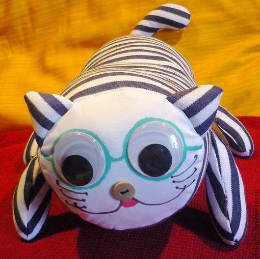 Игрушки животные, ручной работы. Ярмарка Мастеров - ручная работа. Купить Котик в очках. Handmade. Синий, игрушка, дизайн интерьеров