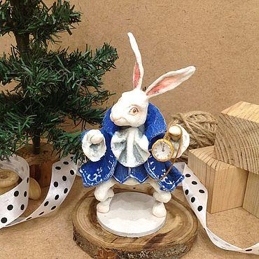 Куклы и игрушки ручной работы. Ярмарка Мастеров - ручная работа Ватная игрушка Белый Кролик на ёлку. Handmade.