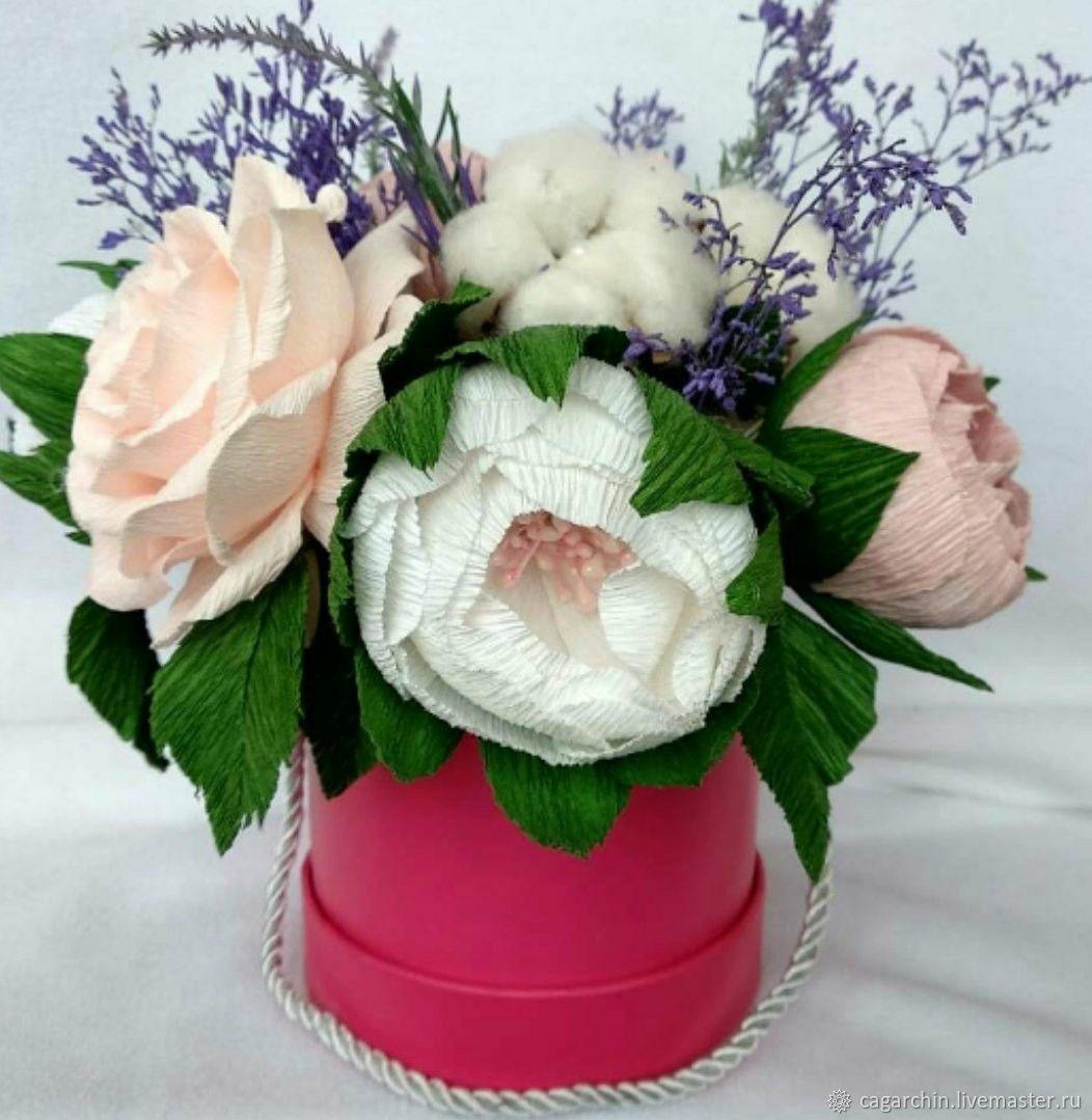 Шляпная коробочка с цветами, Букеты, Екатеринбург,  Фото №1