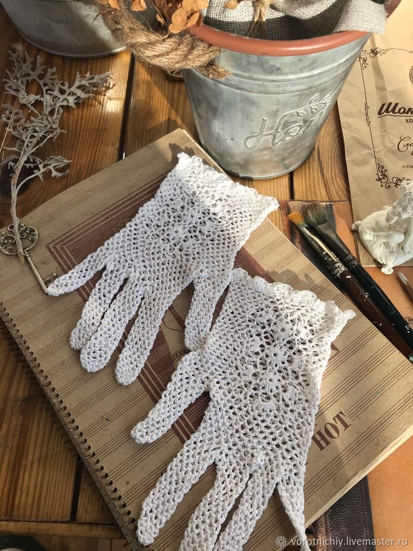 Women's openwork gloves crocheted white, Gloves, Stavropol,  Фото №1