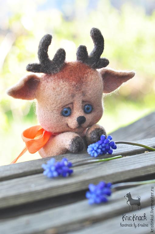 Игрушки животные, ручной работы. Ярмарка Мастеров - ручная работа. Купить Оленёнок Елисей - валяная игрушка из шерсти. Handmade. Бежевый