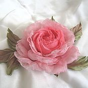 """Цветы и флористика ручной работы. Ярмарка Мастеров - ручная работа Шелковая брошь """"Розовая жемчужина"""". Handmade."""