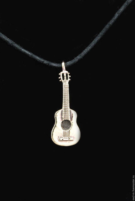 Кулоны, подвески ручной работы. Ярмарка Мастеров - ручная работа. Купить Кулон Гитара. Handmade. Гитара, музыка, музыкант