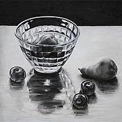 Картины и панно handmade. Livemaster - original item Oil painting of a Pear in a glass vase. Handmade.