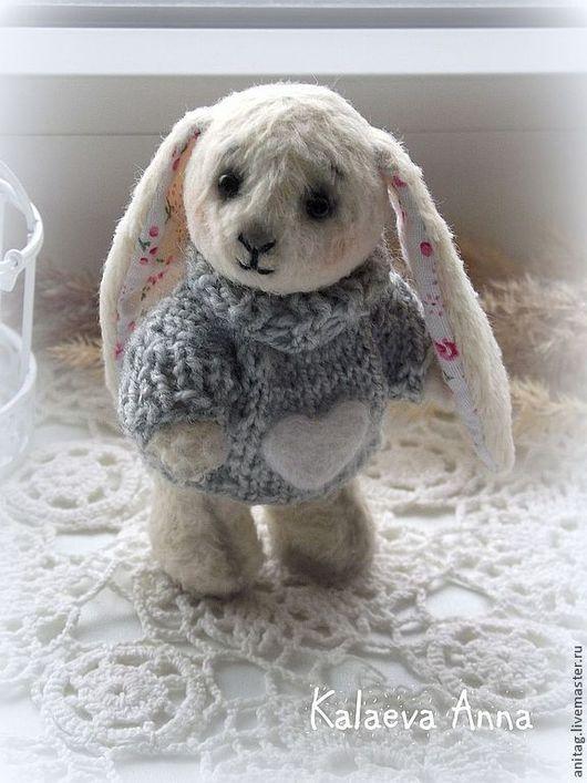 """Мишки Тедди ручной работы. Ярмарка Мастеров - ручная работа. Купить Зайка тедди.""""Зимнее утро,зайка который ждет весну..."""""""". Handmade."""