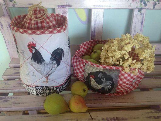 Кухня ручной работы. Ярмарка Мастеров - ручная работа. Купить Хлебница из ткани с петухами в стиле кантри. Handmade. Текстильная хлебница