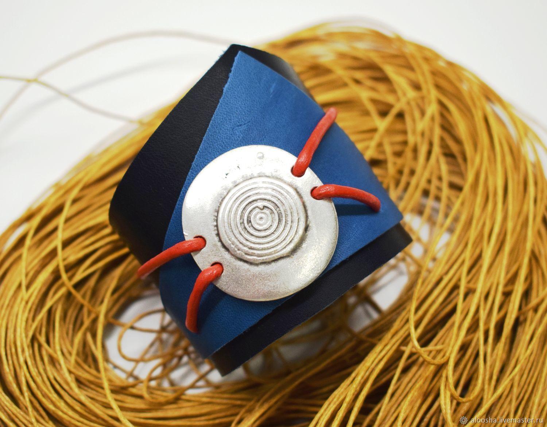 Браслеты ручной работы. Ярмарка Мастеров - ручная работа. Купить Кожаный сине-голубой браслет 'Круг'. Handmade. Браслет