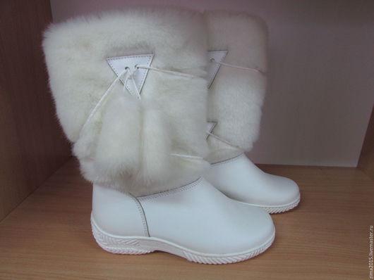 Обувь ручной работы. Ярмарка Мастеров - ручная работа. Купить Унты женские C-606. Handmade. Белый, обувь зимняя