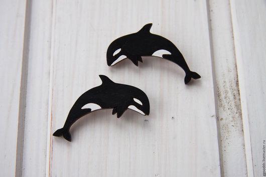 Броши ручной работы. Ярмарка Мастеров - ручная работа. Купить Брошка деревянная  кит касатка космическая. Handmade. Чёрно-белый