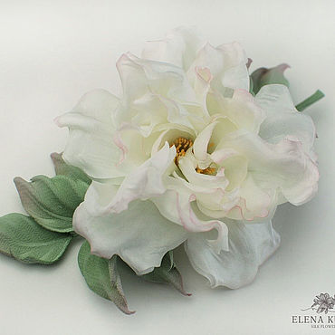 Decorations handmade. Livemaster - original item brooches: Silk flowers. Rosehip