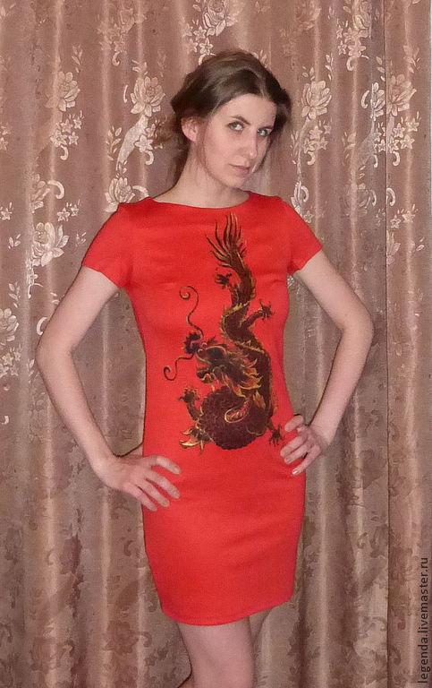 """Платья ручной работы. Ярмарка Мастеров - ручная работа. Купить Платье """"Черный дракон на красном"""". Handmade. Ярко-красный, рисунок"""