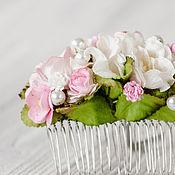 """Свадебный салон ручной работы. Ярмарка Мастеров - ручная работа гребень """"Малиновый ветер"""" розовое цветочное украшение. Handmade."""