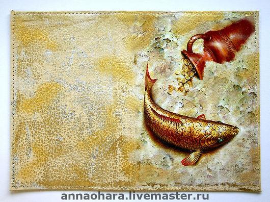 Обложки ручной работы. Ярмарка Мастеров - ручная работа. Купить Обложка для паспорта Golden Fish. Handmade. Золотая рыбка, золотой